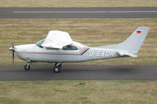 Cessna 182 RG oder 210 Gesuch!