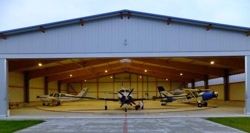Premium-Hangarplätze in Kamenz