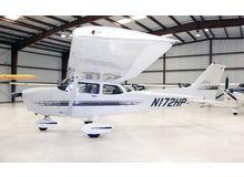 Cessna - 172 Skyhawk - R  /  N172HP