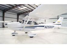 Cessna - 172 Skyhawk - SP  /  N256GP