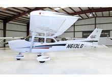 Cessna - 172 Skyhawk - SP  /  N613LG