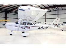 Cessna - 172 Skyhawk - SP  /  N752RF