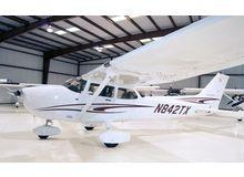 Cessna - 172 Skyhawk - SP  /  N842TX