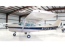 Cessna - 182 Skylane  - RG  /  N737LQ