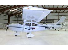 Cessna - 182 Skylane  - S  /  N9551W
