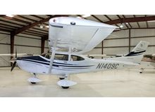 Cessna - 182 Skylane  - T  /  N1409C