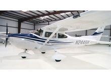 Cessna - 182 Skylane  - T  /  N2445R