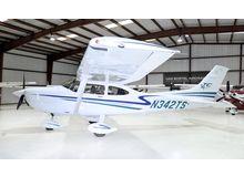 Cessna - 182 Skylane  - T  /  N342TS