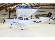 Cessna - 182 Skylane  - T  /  N5218Y