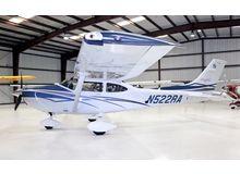 Cessna - 182 Skylane  - T  /  N522RA