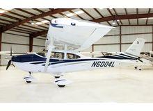Cessna - 182 Skylane  - T  /  N6004L