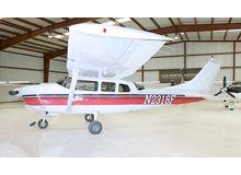 Cessna - 210 Centurion  - E  /  N2318F