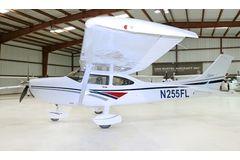Cessna - 182 Skylane  - S  /  N255FL