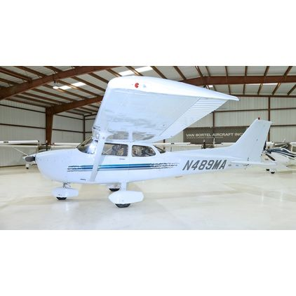 Cessna - 172 Skyhawk - R  T  N489MA