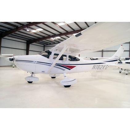 Cessna - 182 Skylane  - S  /  N182KG
